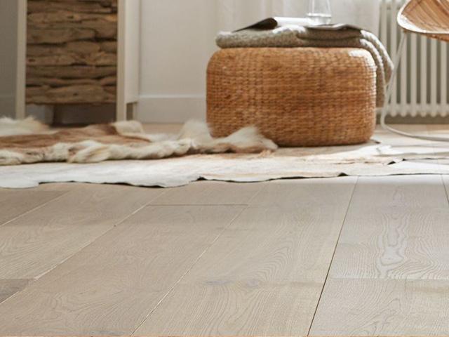 Floorlife houten vloer / Louis Tapis Bussum