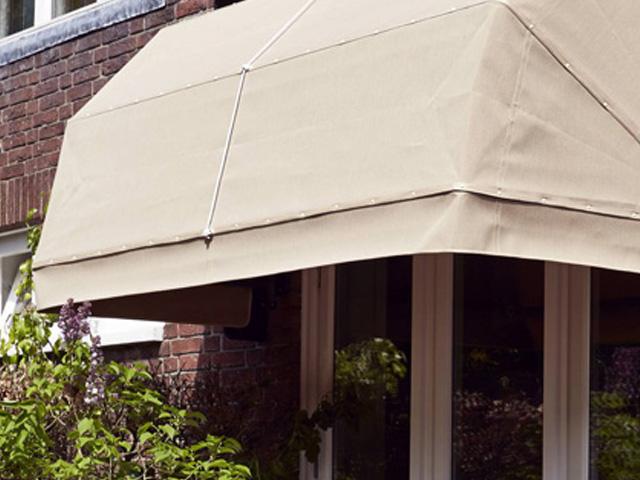 Luxaflex Outdoor markies / Louis Tapis Bussum