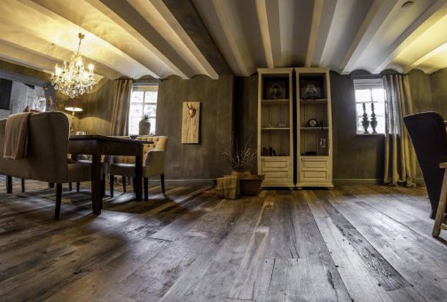 Heywood reclaimed old vloeren / Louis Tapis Bussum