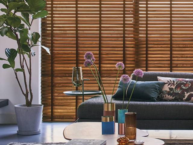 Luxaflex houten jaloezieen / Louis Tapis Bussum